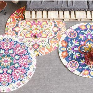 שטיחים עגולים